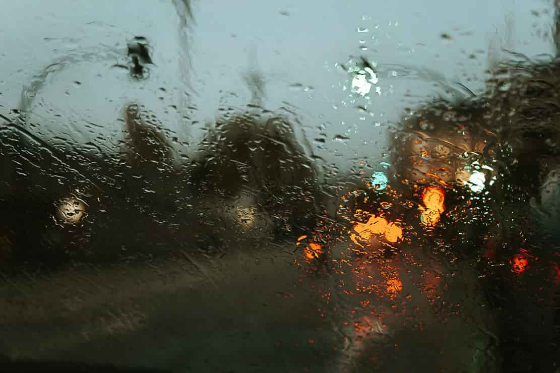tips for running in the rain: runners are less visible to drivers when it rains, so make sure that they can see you