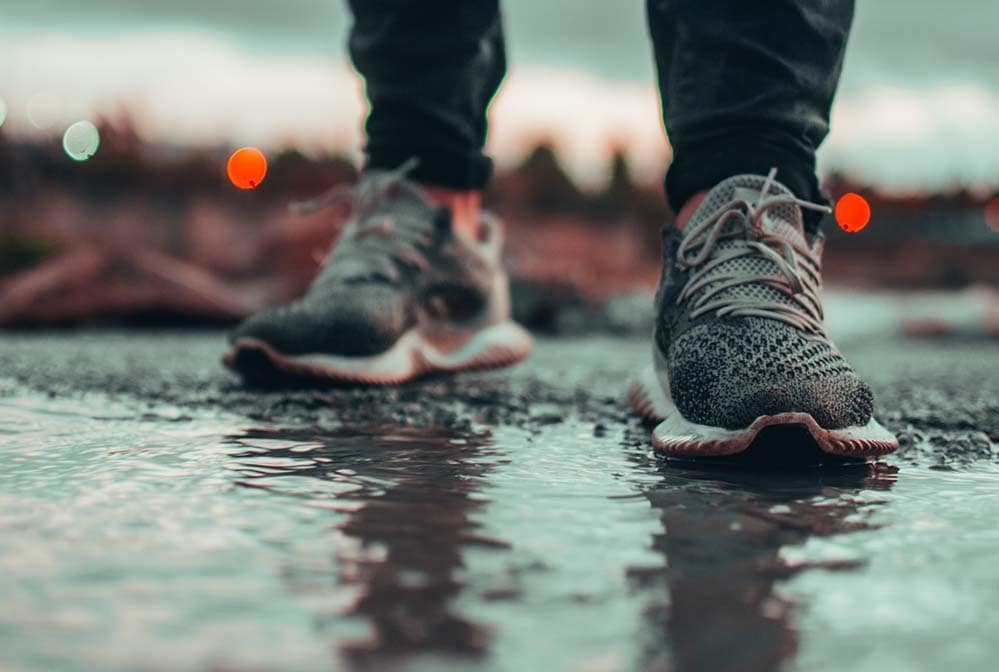 what to wear when running in the rain - choosing the best running gear for beginners